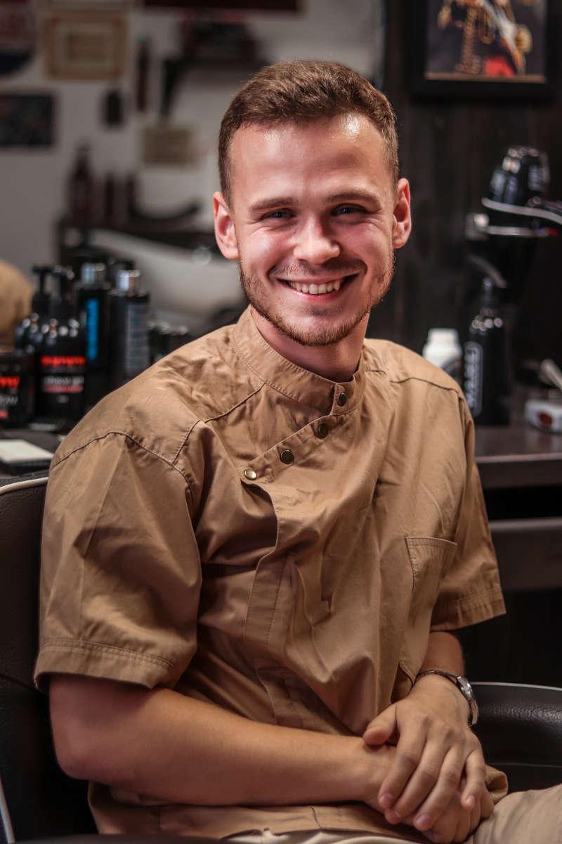 Barber VLADISLAV